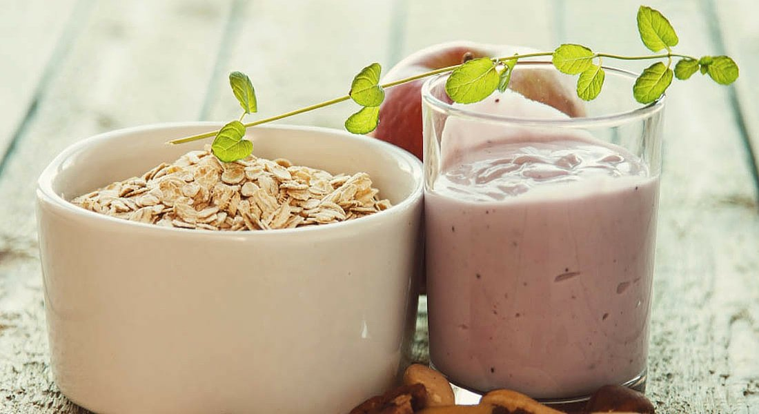 Delicious and Healthy Oatmeal Yogurt